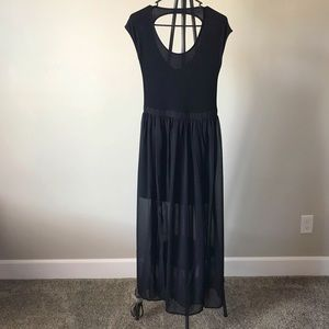 Forever 21 women's dress. Excellent condition!